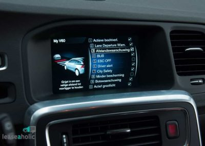 volvo_v60_twin_engine adaptive cruise control