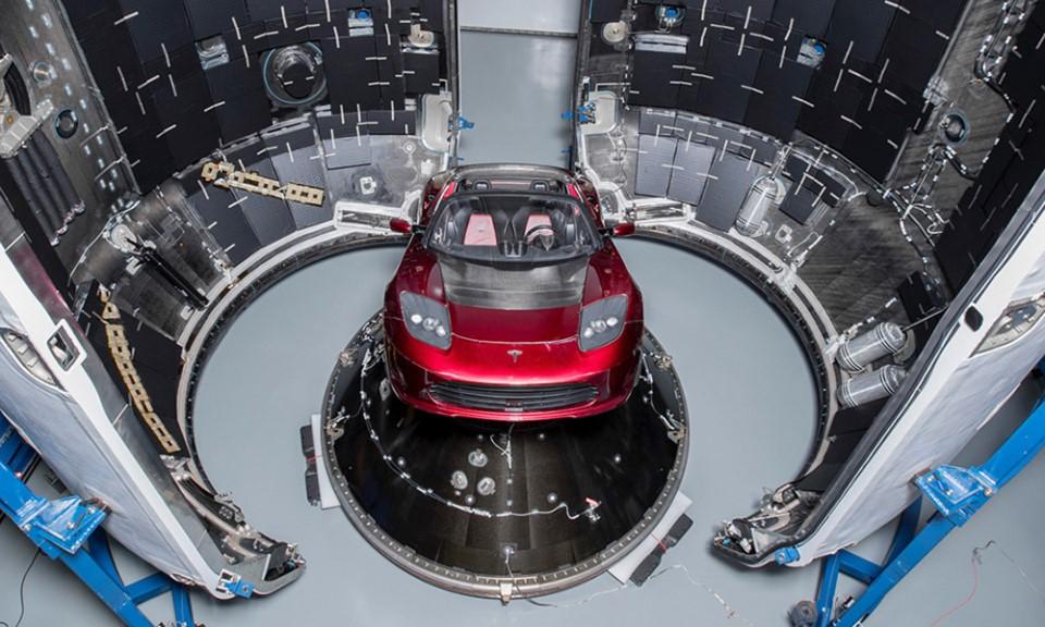 Tesla Roadster de ruimte in naar Mars