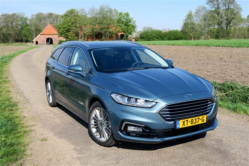 De Ford Mondeo Hybrid Wagon is een Europese Amerikaan